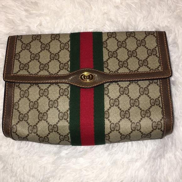 2e2c858343b7 Gucci Bags | Vintage Tan Red Green Signature Clutch Bag | Poshmark